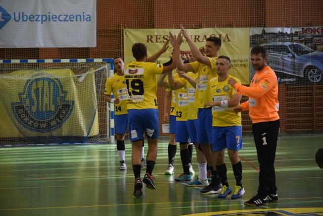 Piłkarze ręczni Stali Gorzów od zwycięstwa rozpoczęli rundę rewanżową rozgrywek pierwszej ligi.