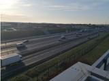 Trzecie pasy na A2 w Poznaniu już gotowe! Kierowcy mogą nimi jeździć w obu kierunkach [ZDJĘCIA]