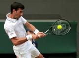 Novak Djokovic zdyskwalifikowany w US Open. Serb trafił piłką w arbiter liniową WIDEO