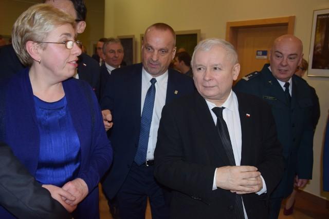 Jarosław Kaczyński spotkał się z działaczami partii w bibliotece wojewódzkiej w Gorzowie.
