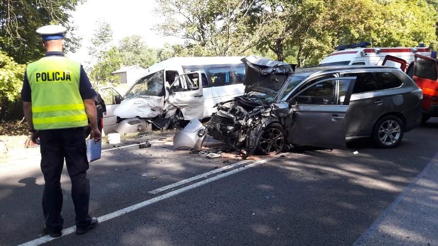 Dziewięć osób rannych w wypadku w Bratoszewicach pod Zgierzem [zdjęcia]