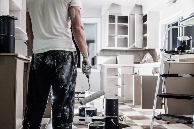 Szybka przemiana wnętrzNiekiedy już sam nowy kolor ścian odmienia niemal całkowicie pokój, kuchnię czy inne pomieszczenie.