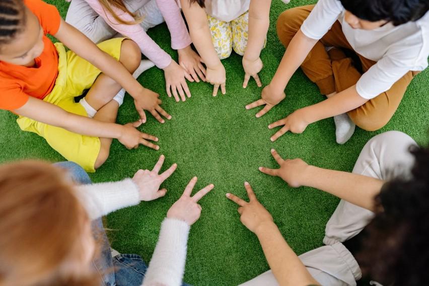 Wakacje mijają, ale atrakcje i zajęcia letnie dla dzieci w...