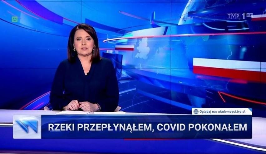 """Koronawirus w Polsce nie odpuszcza, statystyki nie kłamią, a wirusolodzy apelują, że znoszenie obowiązku zakrywania nosa i ust w przestrzeni publicznej niekoniecznie musi być dobrym pomysłem. Tymczasem """"Wiadomości"""" TVP ogłosiły 26 maja - """"Polska wygrywa z koronawirusem"""". Jak łatwo się domyślić, materiał Telewizji Polskiej stał się inspiracją dla internautów, którzy zaczęli publikować w sieci memy. Polska wygrywa z koronawirusem. Wiadomości TVP znów wywołały MEMY. Zobacz na kolejnych slajdach galeriiZobacz kolejne zdjęcia. Przesuwaj zdjęcia w prawo - naciśnij strzałkę lub przycisk NASTĘPNE"""