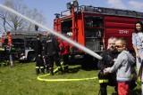 Poznań: Charytatywny piknik na plaży w Strzeszynku. Strażacy zbierali pieniądze dla potrzebujących dzieci