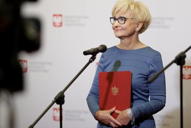 Toruńska posłana Iwona Michałek odebrała dziś (2 lipca) nominację na stanowisko pełnomocnika rządu ds. wspierania wychowawczej funkcji szkoły