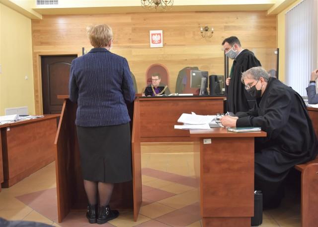 W Sądzie Rejonowym w Nakle  zeznania składały byłe pracownice Urzędu Miejskiego w Mroczy