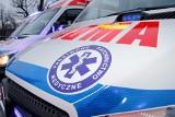 Śmiertelny wypadek pod Kościanem. Samochód osobowy uderzył w drzewo. Jedna osoba nie żyje
