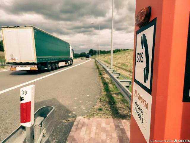 Na autostradach A1 i A4 w śląskim uruchomiono system łączności alarmowej