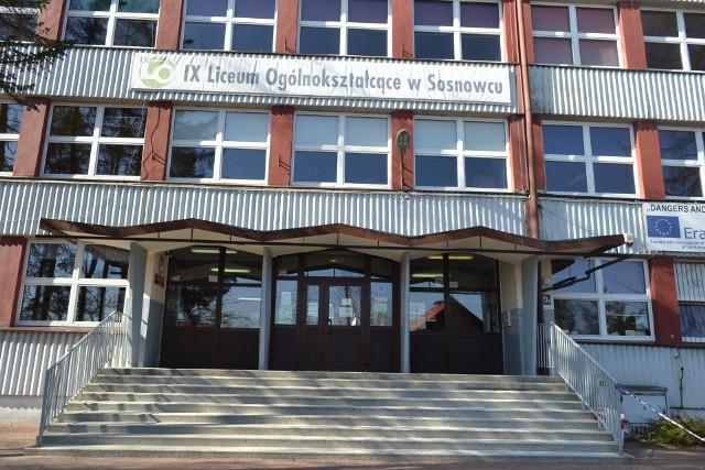 Wśród najpopularniejszych szkół w Sosnowcu wybieranych przez absolwentów szkół podstawowych było IX LO im. Wisławy Szymborskiej