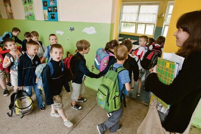 Z powodu niżu demograficznego pracę w Krakowie straciło 700 nauczycieli