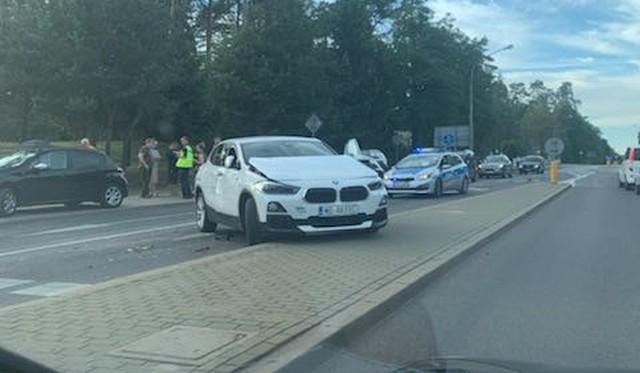 Wypadek na al. Wyszyńskiego w Augustowie. Zderzyły się cztery auta