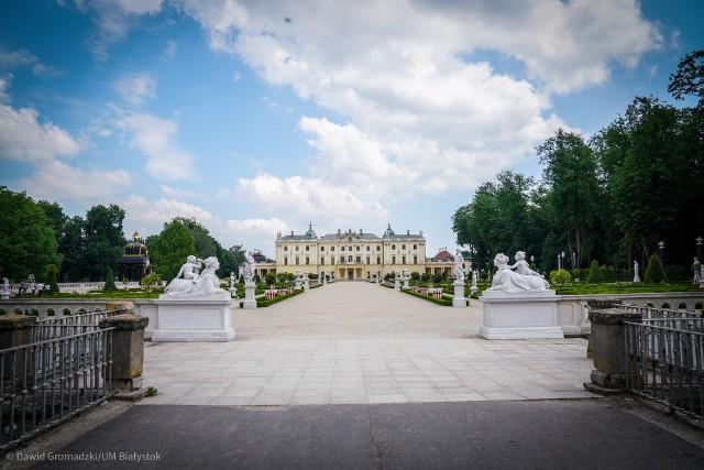 Rzeźby w Ogrodach Branickich zostały odnowione