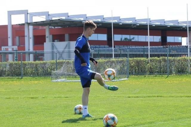 Od poniedziałku piłkarze Wigier Suwałki będą mogli trenować w grupach