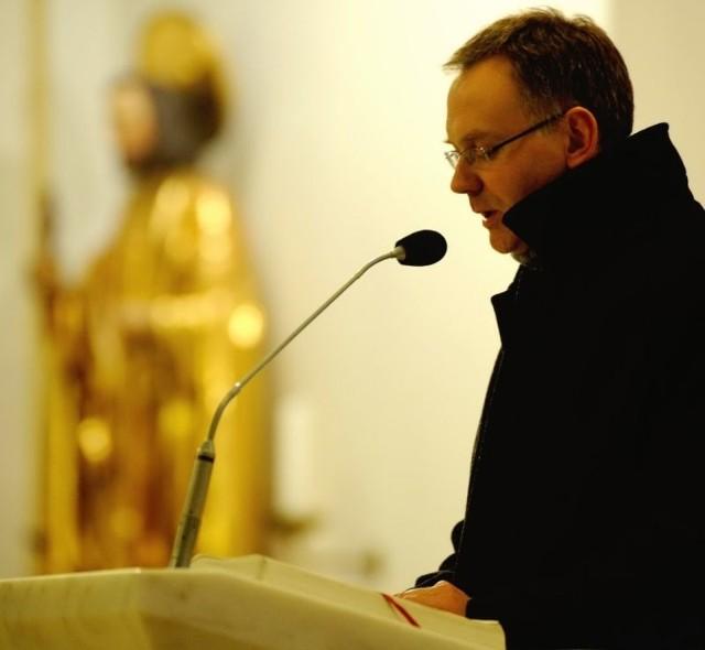 Czyta Mirosław Pietrucha, rzecznik prezydenta Opola.