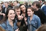 Igry 2013 Gliwice: Piątkowe koncerty na lotnisku [ZNAJDŹ SIĘ NA ZDJĘCIACH]