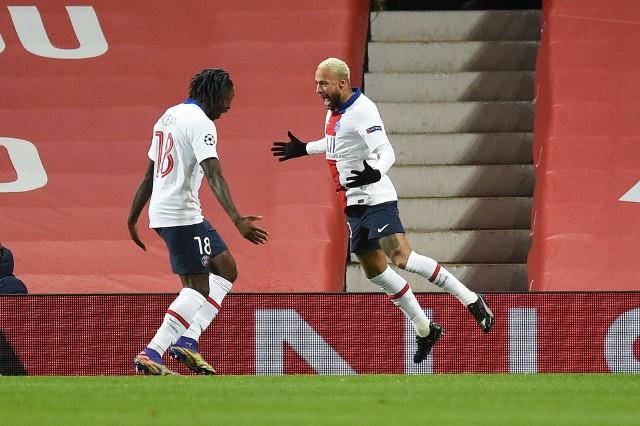 PSG zdobyło Old Trafford. Trzy drużyny mają po dziewięć punktów