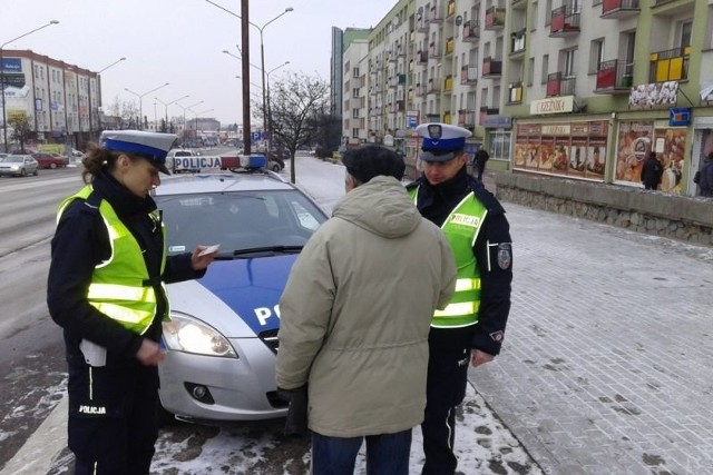 Policjanci karali pieszych, którzy nie dbają o bezpieczeństwo