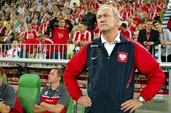 Selekcjoner reprezentacji Polski Franciszek Smuda ma już tylko tydzień na ewentualne korekty w przygotowaniach biało-czerwonych.