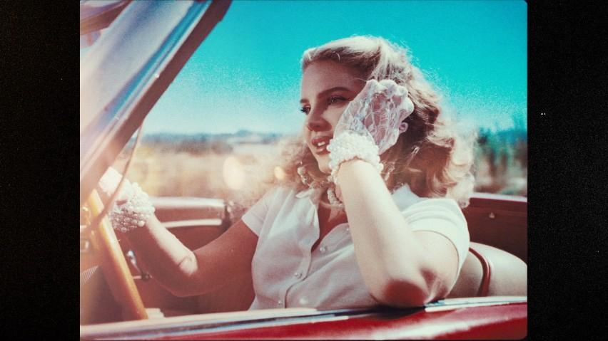 """Lana Del Rey wydaje siódmą płytę. Premiera """"Chemtrails Over The Country Club"""" już w marcu 2021 r."""