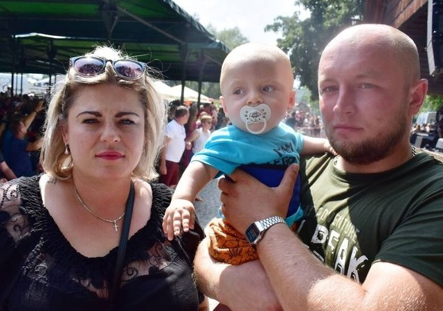 Na wielkim, niedzielnym wydarzeniu nie mogło zabraknąć Bartusia i jego rodziców, Agnieszki i Łukasza Przychodzkich.