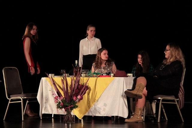 """Teatr """"Czas Wyobraźni"""" dał już się poznać sępoleńskiej publiczności. Chciałbyś spróbować swoich sił na scenie? Zgłoś się!"""