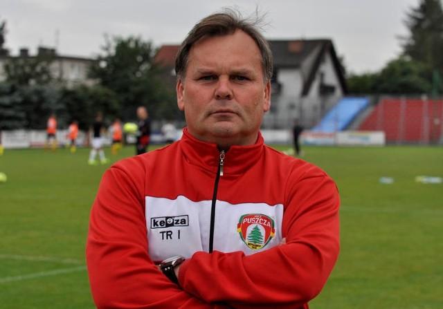Trener Puszczy uważa, że ŁKS  jest zdecydowanym faworytem