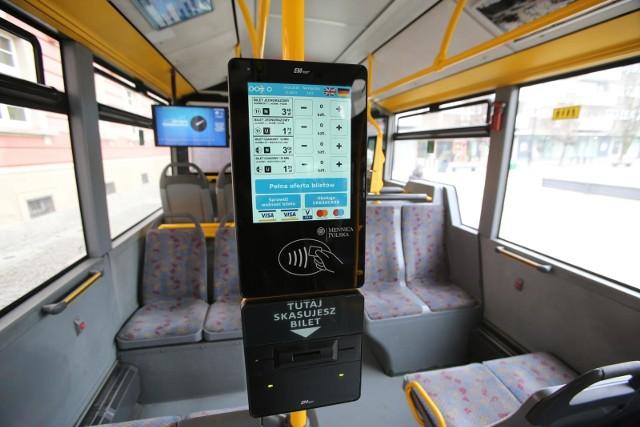 Takie biletomaty spotkać będzie można już niedługo w autobusach i tramwajach w Bydgoszczy