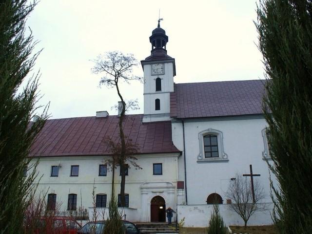 Turyści z Torunia zwiedzą m.in. zespół klasztorny w Trutowie