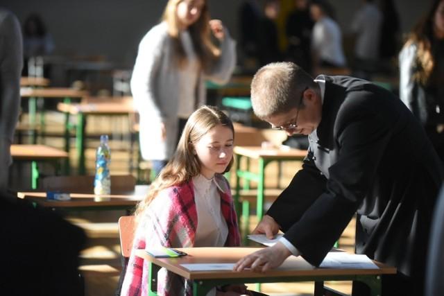 Egzamin gimnazjalny w Szkole Podstawowej nr 24 w Toruniu