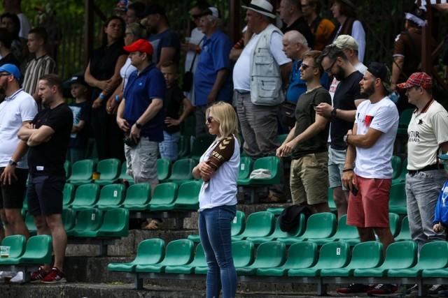 Kibice na meczu II ligi piłkarskiej Garbarnia Kraków - Skra Częstochowa
