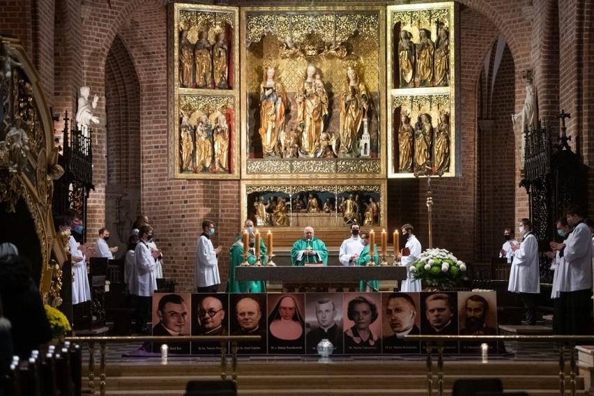 W niedzielę w katedrze modlono się o kanonizację...