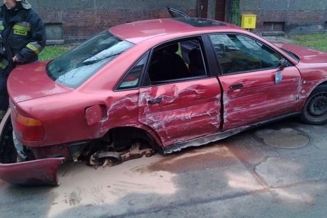 Zanim policjanci znaleźli pijanego kierowcę uszkodził on jeszcze trzy samochody zaparkowane na ul. Podhalańskiej.