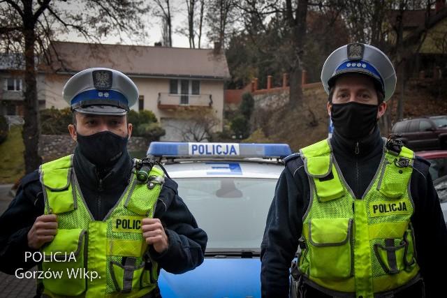 Złodzieja katalizatorów zatrzymali policjanci drogówki, którzy wracali do domu po nocnej służbie