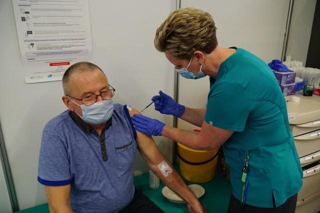 W powiecie wielickim, zamieszkiwanym przez prawie 130 tys. osób wskaźnik szczepień przeciwko Covid-19 jest jednym z najniższych w Małopolsce