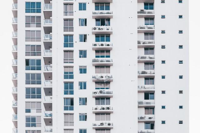 Lokator wynajmowanego mieszkania będzie też mógł w przyszłości uzyskać jego własność.