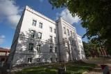 Decyzją sanepidu zamknięto wszystkie budynki I LO w Słupsku do odwołania