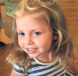 """Rodzice walczą, by uśmiechnięta Zuzia nie zaczęła powoli """"znikać"""""""