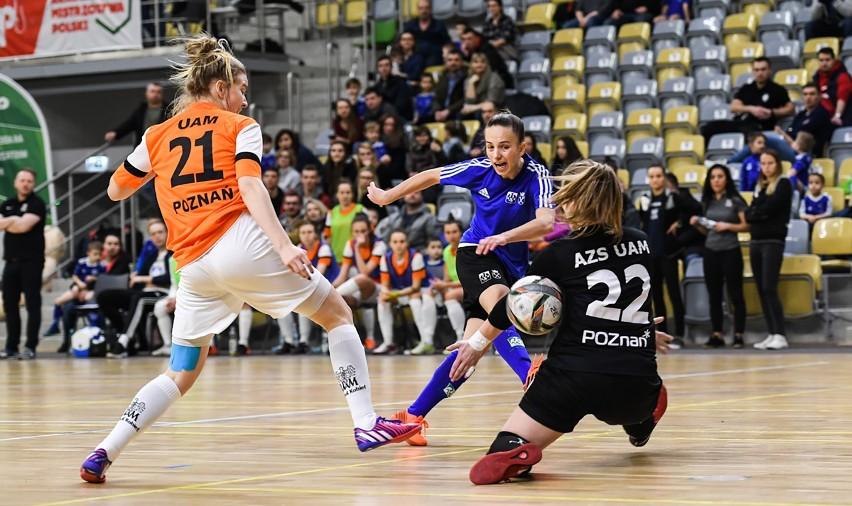 Drużyna UJ Kraków w finale pokonała UAM Poznań.