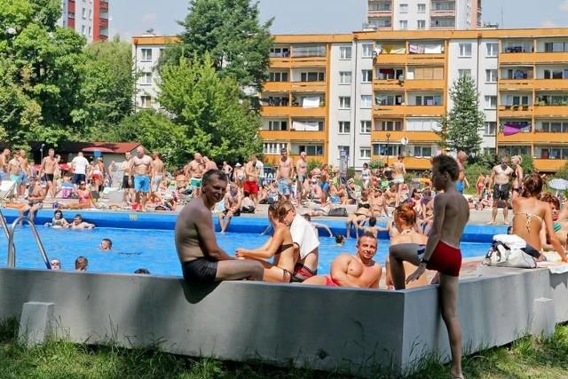 Clepardia to jeden z dwóch basenów odkrytych w mieście