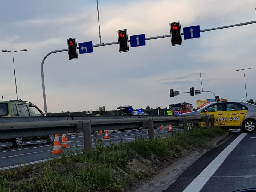 Groźny wypadek w Mikołowie na DK 81. Ranni zabrani do...