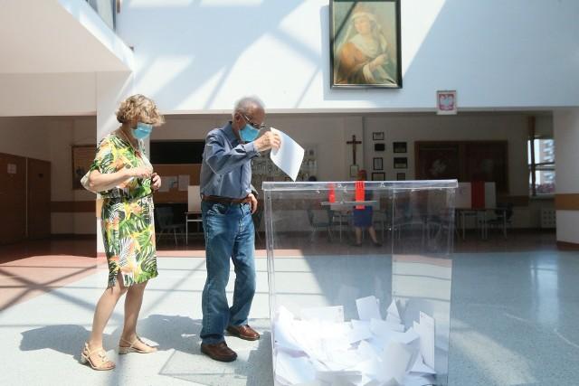 Głosowanie w Szkole Podstawowej nr 21 przy ul. Zuchów