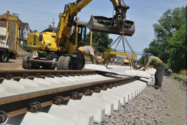 Przypomnijmy, że wcześniej za ok. 80 milionów złotych generalnie zmodernizowano infrastrukturę kolejową na odcinku Grudziądz-Chełmża. Lwią część pieniędzy na tę inwestycję wyłożyła Unia Europejska.
