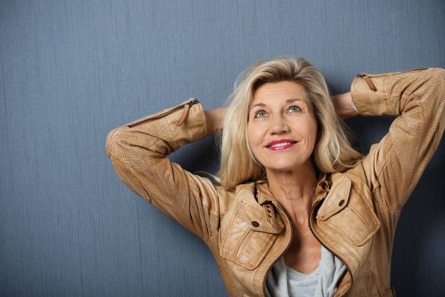 Po menopauzie kobieta może być równie, a nawet bardziej atrakcyjna niż kiedyś, wystarczy, że odpowiednio o siebie zadba
