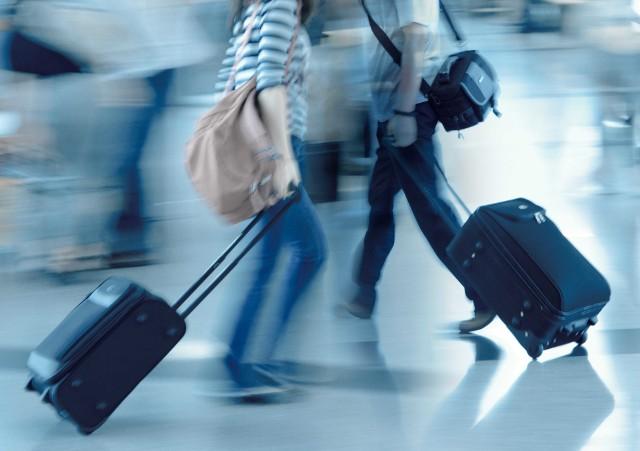 Ryanair - bagaż podręczny 2019. Jakie są zasady, wymiary i waga bagażu podręcznego w Ryanair?