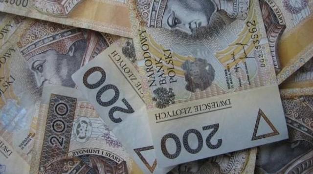 Ktoś zgubił sporo gotówki w Żorach. Policja szuka właściciela pieniędzy