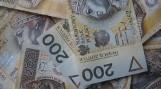 Żory: Na jednym z osiedli znaleziono plik banknotów. Policja szuka właściciela gotówki
