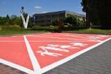Różowe parkingi w Tychach powstały specjalnie dla kobiet w ciąży i z rodzin z małymi dziećmi