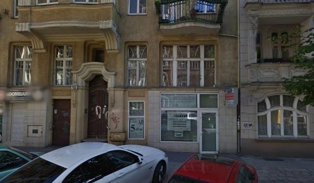 Sklepy przy ulicy Niegolewskich oferował artykuły modelarskie i wkłady do papierosów elektronicznych, w rzeczywistości sprzedawano tu dopalacze