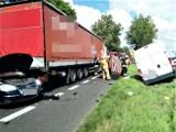 Karambol w Malechowie. 20.07.2021 r. Zderzenie kilku samochodów na dk 6. 7 osób rannych, w tym dziecko!